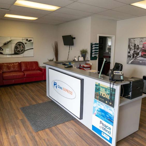 Capital Auto Glass & Upholstery Ltd reception